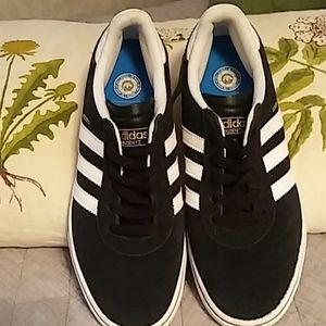 New adidas Busenutz skateboard sneakers